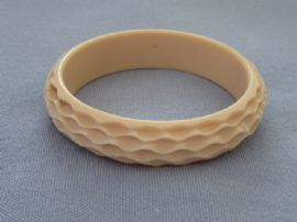 1920s - 1930s Bangle - Tribal Carved Pattern - Faux Ivory - Casein